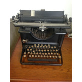 Maquina-De-Escrever-Antiga-Remington
